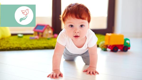 Să grăbim sau nu mersul bebelușului – află sfatul kinetoterapeutului!